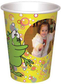 כוס מפלצונים ירוקים בבועות - רקע צהוב