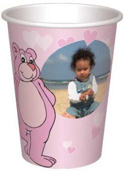 כוס דובונים ורודים ולבבות רקע ורוד